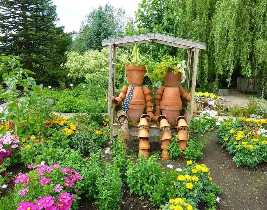 7 Essential Gardening Tips for Beginners