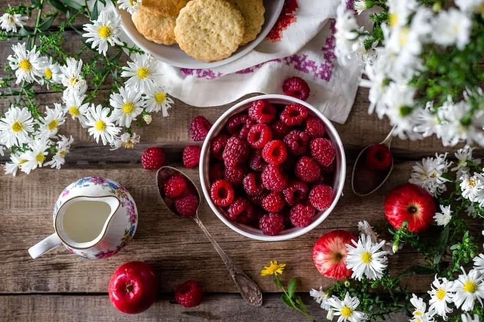 fresh raspberries ready to eat